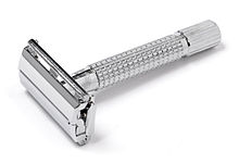 220px-Chrome-Safety-Razor.jpg